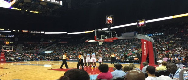 Atlanta Dream Beats Connecticut