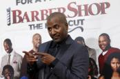 """Director of the movie Malcolm D. Lee poses at the premiere of """"Barbershop: The Next Cut"""" at TCL Chinese theatre in Hollywood, California April 6, 2016. REUTERS/Mario Anzuoni"""